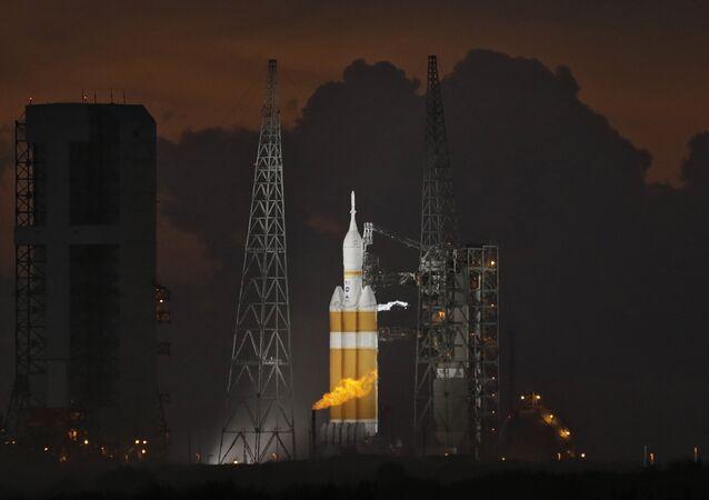 Cohete Delta 4 Heavy (Archivo)