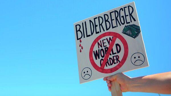 Activistas protestan contra el Club Bilderberg - Sputnik Mundo