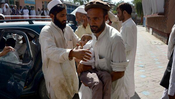 Víctimas de la explosión en una mezquita de Afganistán - Sputnik Mundo