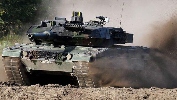 Leopard 2, tanque del Ejército alemán (archivo) - Sputnik Mundo