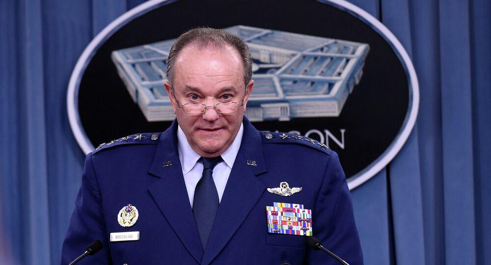 Philip Breedlove, el excomandante de las fuerzas de la OTAN en Europa (archivo)