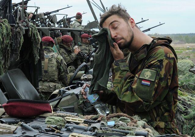 Militar de los Países Bajos (archivo)