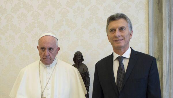 Papa Francisco y presidente de Argentina, Mauricio Macri (archivo) - Sputnik Mundo