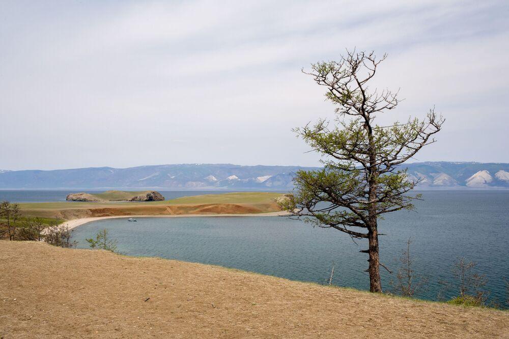 La majestuosa y poco conocida belleza del lago Baikal