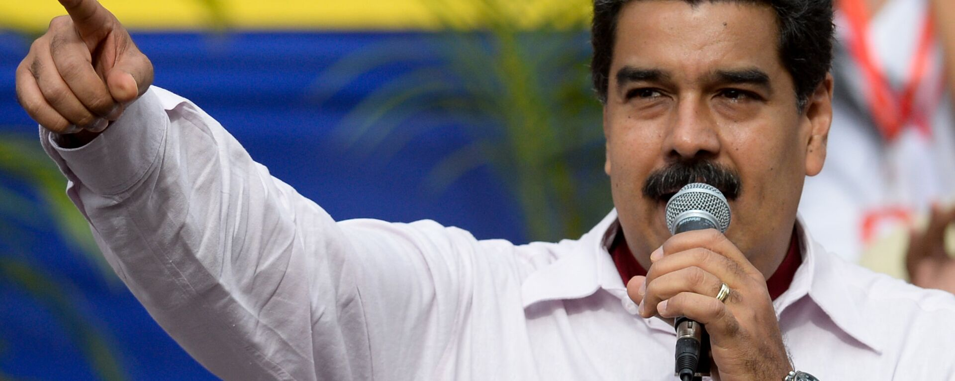 Venezuelan President Nicolas Maduro delivers a speech during a rally in Caracas - Sputnik Mundo, 1920, 25.07.2021
