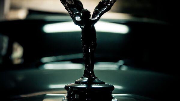 La marca de la empresa británica Rolls-Royce - Sputnik Mundo