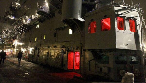 La cubierta de un portaviones - Sputnik Mundo
