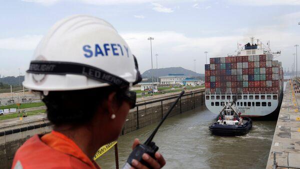 Pruebas tras la extensión del Canal de Panamá - Sputnik Mundo