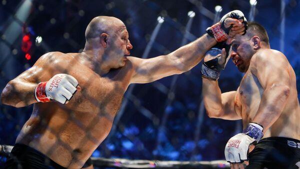 Fiódor Yemeliánenko, luchador de artes marciales mixtas - Sputnik Mundo