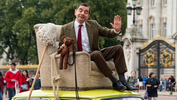 El actor británico Rowan Atkinson - Sputnik Mundo