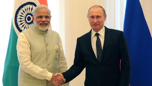 Primer ministro de la India, Narendra Modi y presidente de Rusia, Vladímir Putin - Sputnik Mundo