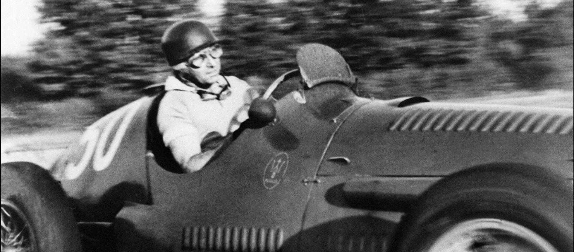 Juan Manuel Fangio, piloto argentino - Sputnik Mundo, 1920, 25.06.2016