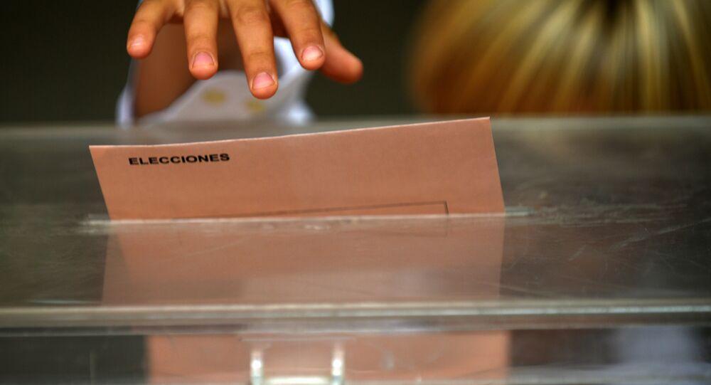 Las elecciones en España (arhcivo)