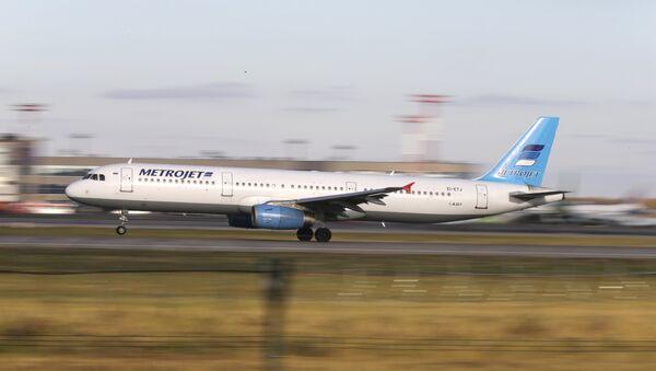 Avión aterriza en el aeropuerto de Domodédovo, Moscú - Sputnik Mundo