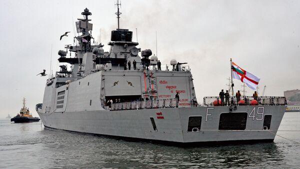 Buques de la Armada India llegan al puerto ruso de Vladivostok - Sputnik Mundo