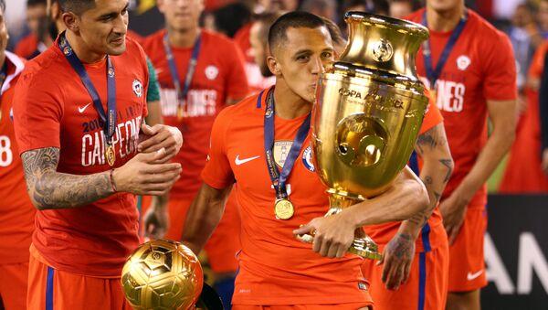 Alexis Sánchez, 'Balón de Oro' de la Copa América - Sputnik Mundo