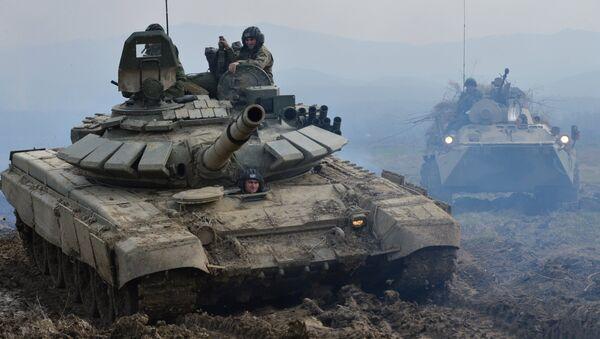 Maniobras de tanques - Sputnik Mundo