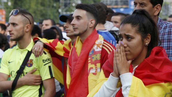 Hinchas españoles durante el partido con Italia - Sputnik Mundo
