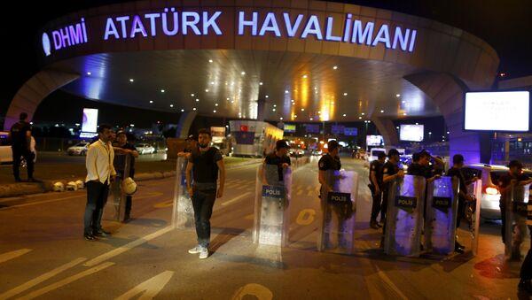 Atentados en Estambul - Sputnik Mundo