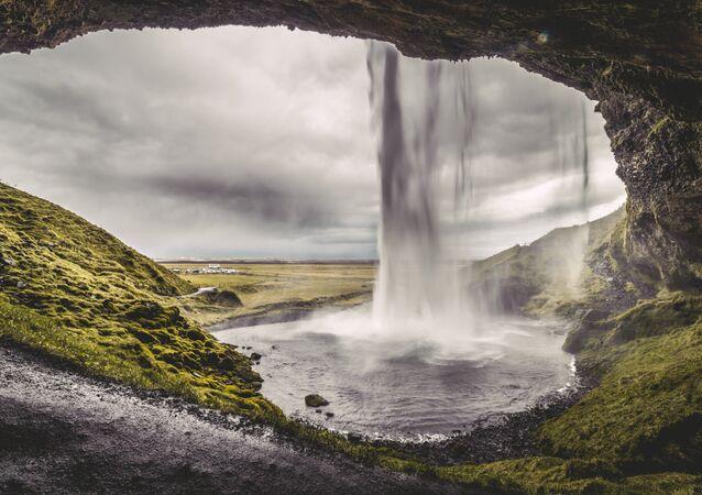 Una cascada en Islandia