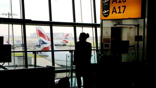 El aeropuerto británico de Heathrow - Sputnik Mundo