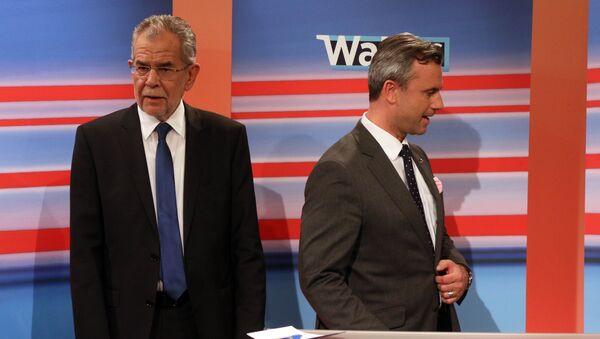 Alexander Van der Bellen y Norbert Hofer durante la campaña electoral en Austria - Sputnik Mundo