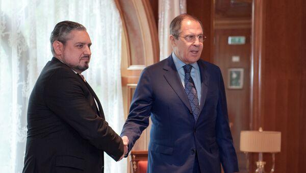 Los cancilleres ruso y turco, Serguéi Lavrov y Mevlut Cavusoglu - Sputnik Mundo