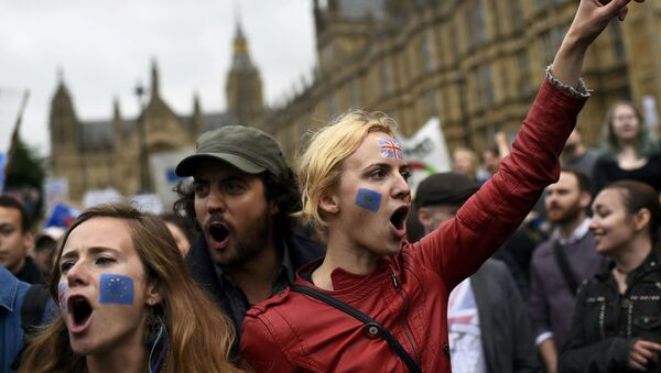 Manifestaciones tras el referéndum Brexit - Sputnik Mundo