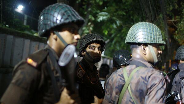La policía de Bangladés - Sputnik Mundo