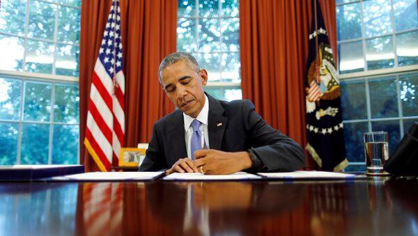 Barack Obama, el presidente de EEUU, firma la ley sobre Puerto Rico - Sputnik Mundo