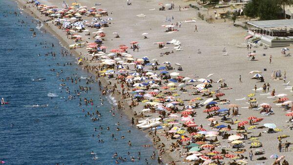 La playa de la ciudad de Antalia, Turquía - Sputnik Mundo