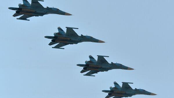 Cazas Su-34 de las Fuerzas Aeroespaciales de Rusia - Sputnik Mundo