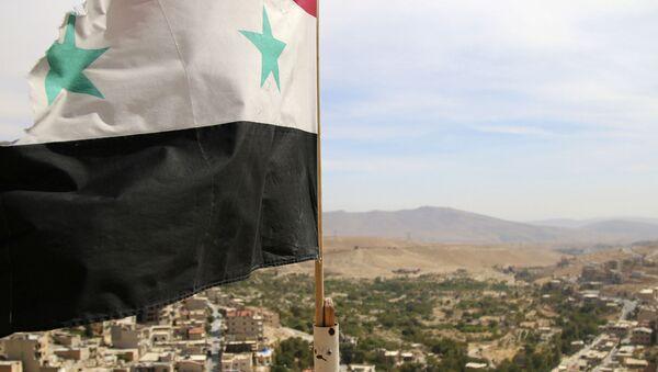 La bandera de Siria (imagen referencial) - Sputnik Mundo