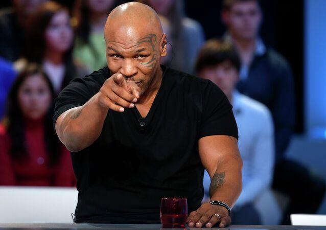 Mike Tyson, legendario boxeador estadounidense