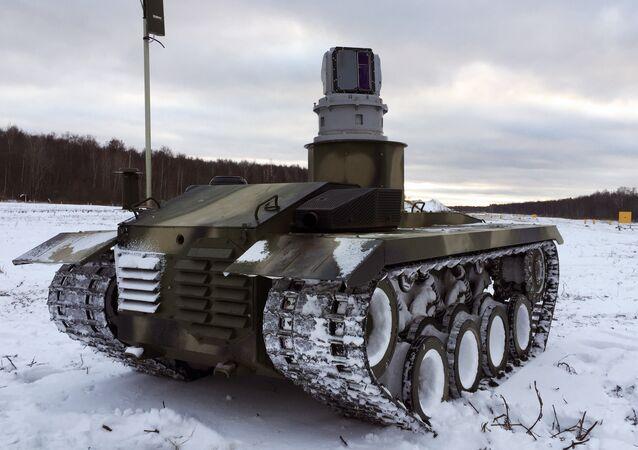 La plataforma de orugas del robot ruso de combate Nerejta