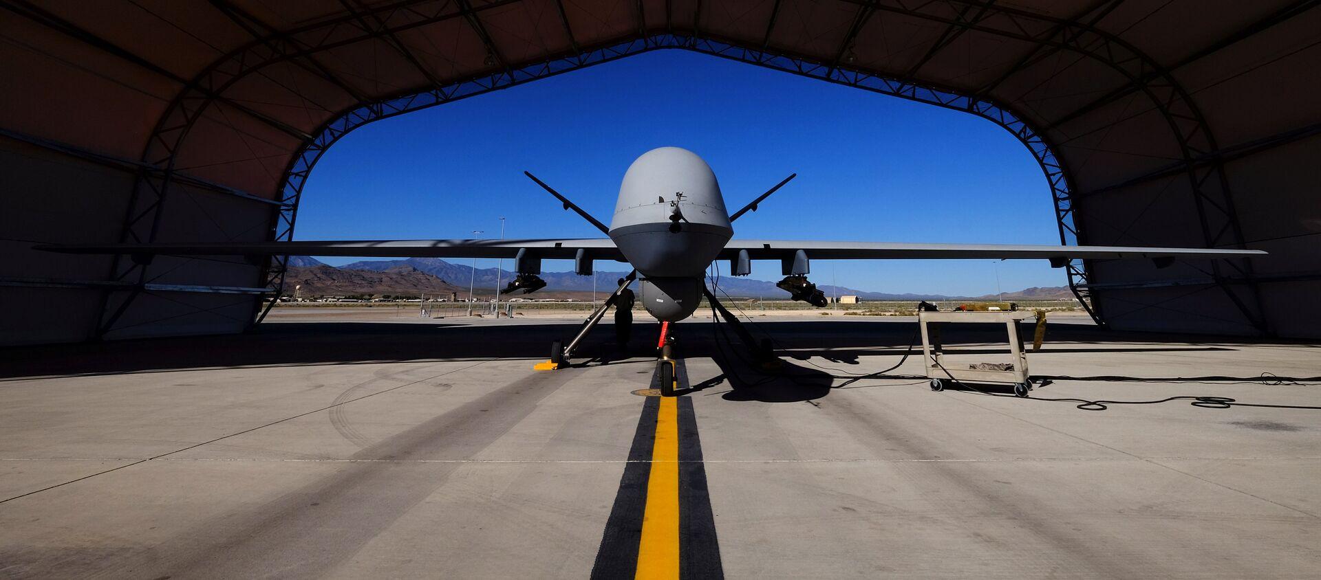 A U.S. Air Force MQ-9 Reaper drone sits in a hanger at Creech Air Force Base - Sputnik Mundo, 1920, 05.01.2021
