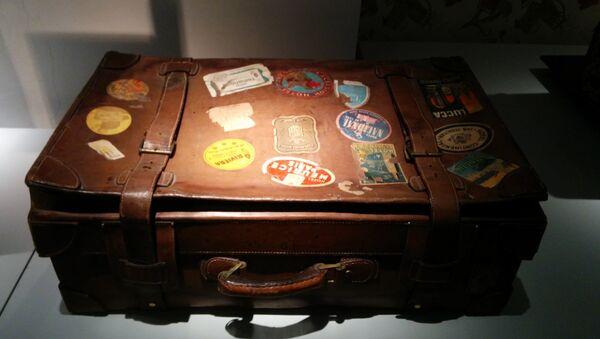 Una maleta (imagen referencial) - Sputnik Mundo