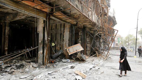 Lugar del ataque suicida en Bagdad - Sputnik Mundo