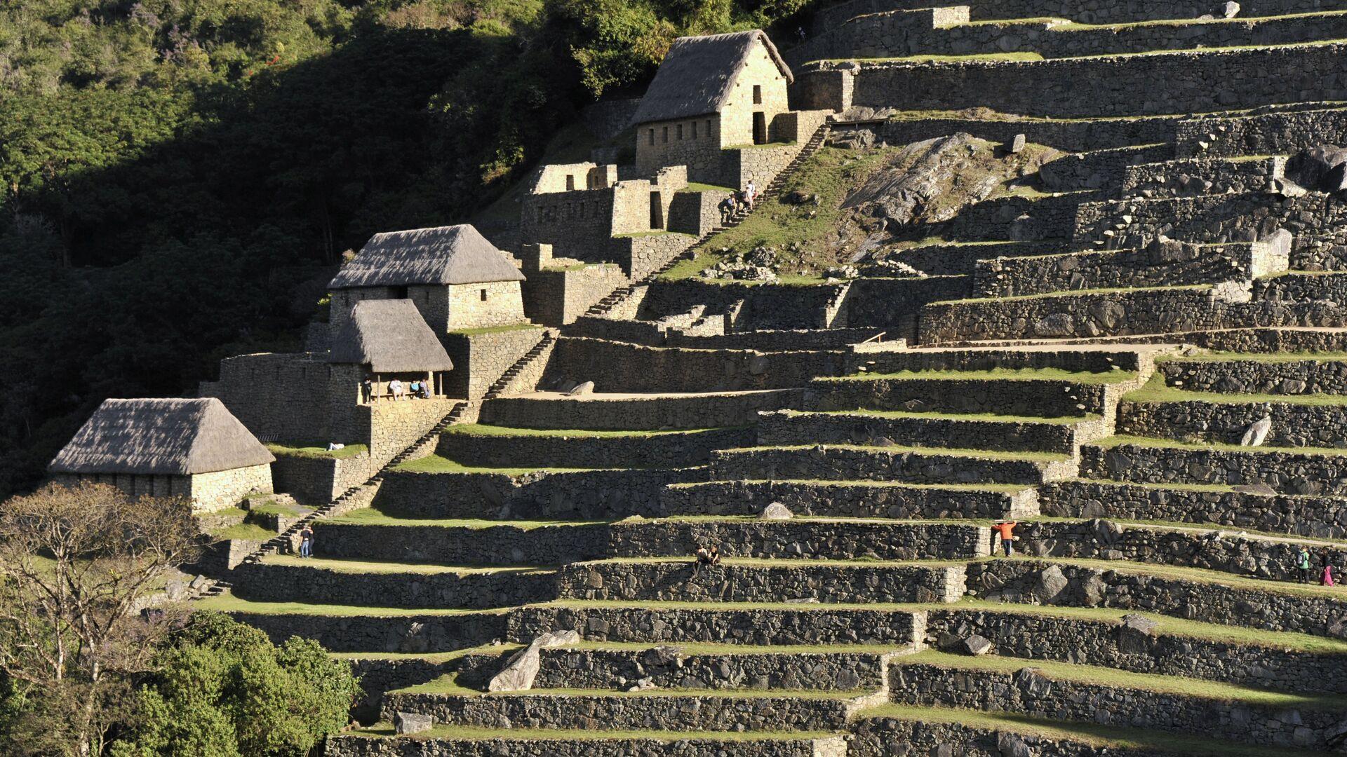 Antiguas construcciones residenciales en Machu Picchu. - Sputnik Mundo, 1920, 10.05.2021
