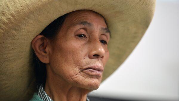 Una víctima de las esterilizaciones forzadas en Perú - Sputnik Mundo