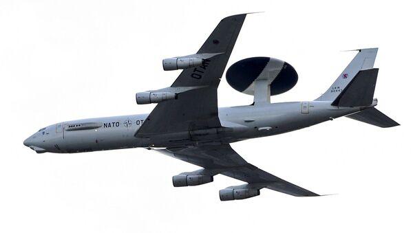 Un avión AWACS de la OTAN - Sputnik Mundo