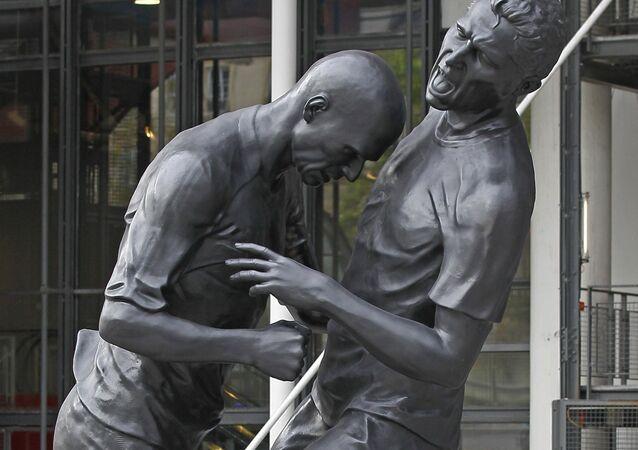 La estatua de Zidane