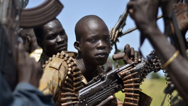 South Sudan government soldiers in the town of Koch, Unity state, South Sudan, Friday, Sept. 25, 2015 - Sputnik Mundo