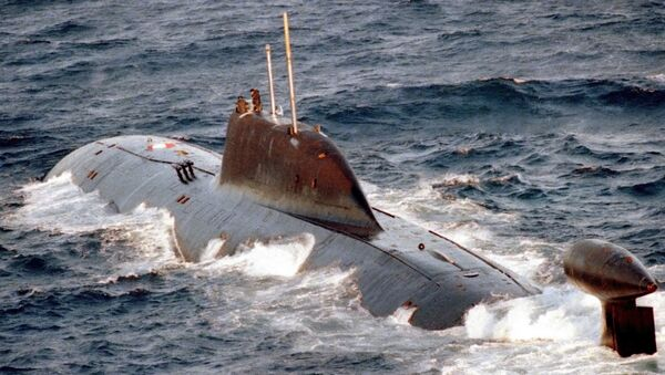El submarino nuclear ruso K-322 Kashalot - Sputnik Mundo