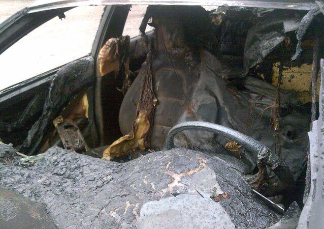 Un coche quemado