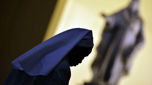 Una monja católica, imagen referencial - Sputnik Mundo