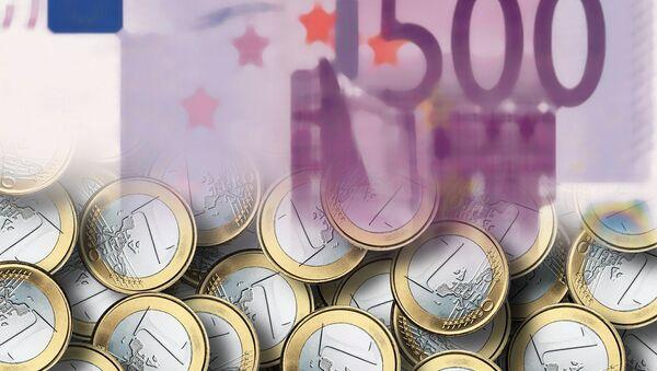 Euro pound notes - Sputnik Mundo