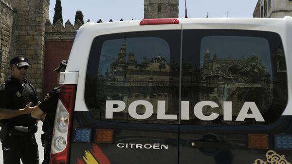 La policía nacional de España - Sputnik Mundo