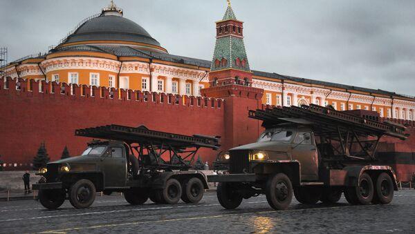 El lanzacohetes múltiple Katiusha - Sputnik Mundo