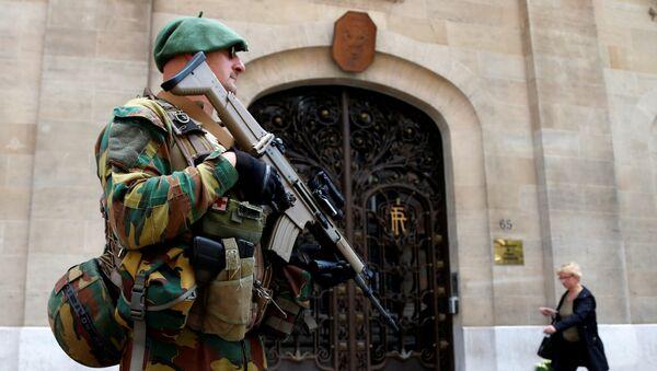Un soldado del Ejército de Bélgica - Sputnik Mundo